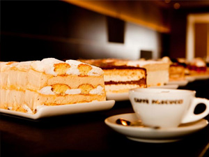 Cafe & Kuchen